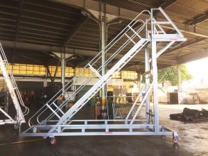 Adjustable Cargo Door Access